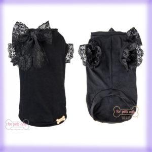 Outfit: Little Black T-Shirt di For Pets Only la trovi da Mon Petit Boutique